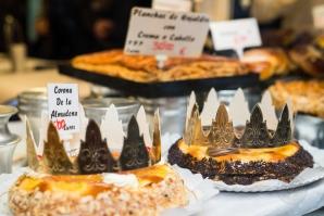 Antigua pastelería del Pozo, corona de la Almudena